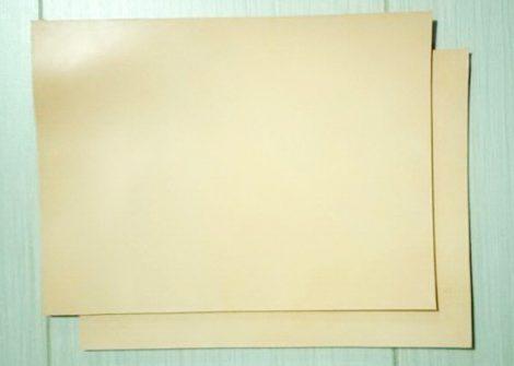 Bőr anyag 3,5x250x390mm növenyi cserésű natúr marhabőr