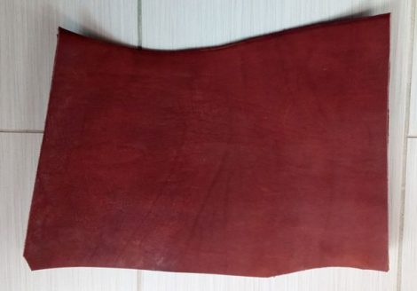 Bőr anyag 3,5x260x370mm hordófestett konyak színű marhabőr