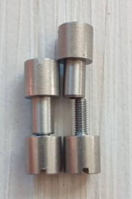 Corby Csavar Inox D8-d5-25mm 2 pár